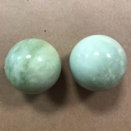 Каменные шарики из нефрита