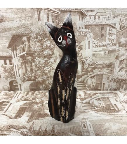 Индонезийский кот коричневый резной 25 см