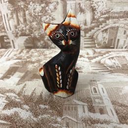 Индонезийский кот коричневый резной 11 см