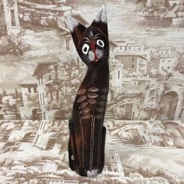 Индонезийский кот коричневый резной 35 см