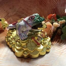 Трехлапая денежная жаба