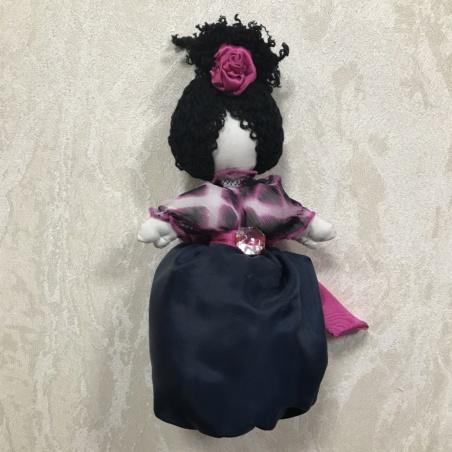 Кукла текстильная в атласной юбке