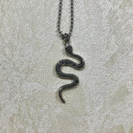 Кулон с цепочкой Змея