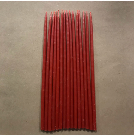 Свеча 18 см восковая красная
