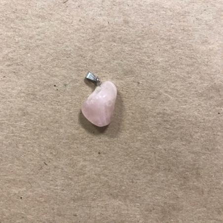 Амулет из розового кварца