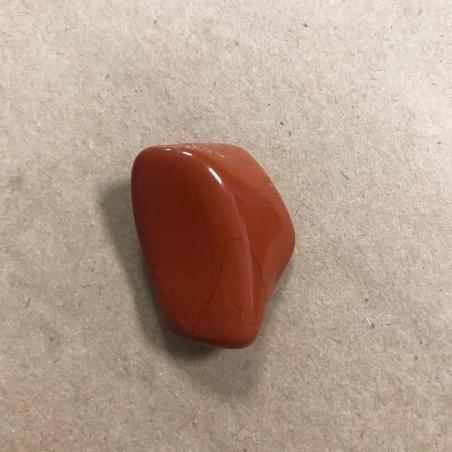 Натуральная красная яшма (месторождение ЮАР)