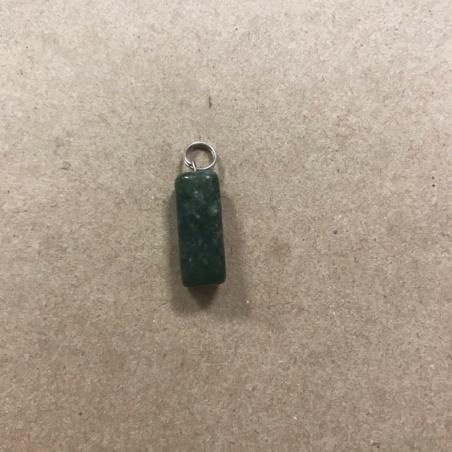 Маленький кулон из нефрита