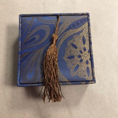 Шкатулка для браслета парчовая синяя