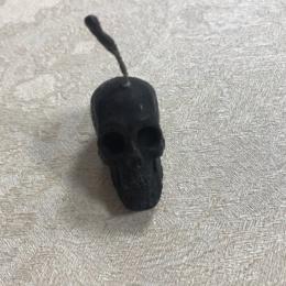 Свеча Череп маленькая черная