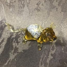Крыса желтая стекло