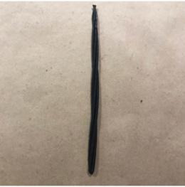 Свеча магическая скрутка (черная)
