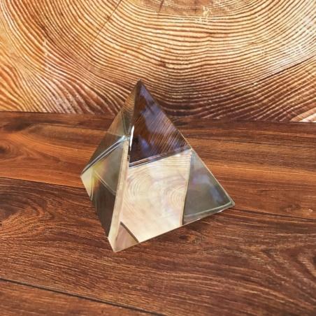 Стеклянная пирамидка 7,7 см