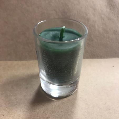 Свеча восковая в стекле зеленая
